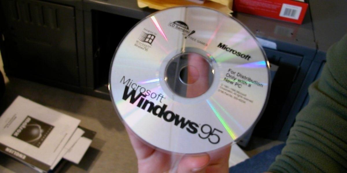 Windows 95 floppy disk install download