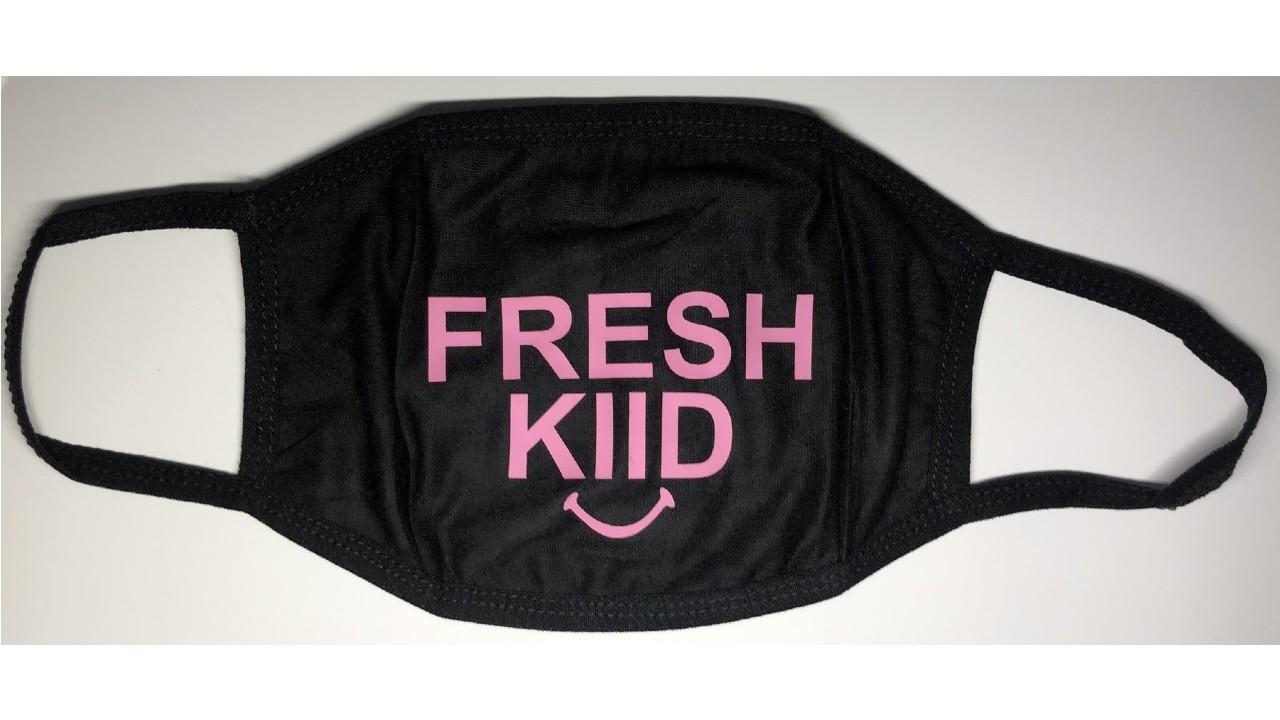 logo-printed kids mask