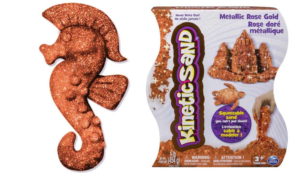 rose gold-coloured kinetic sand